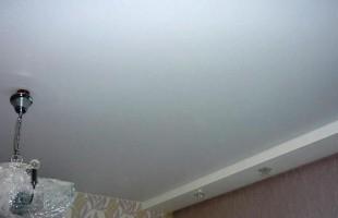 белый матовый натяжной потолок в раменское (3)