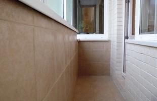Отделка балконов кафельной плиткой